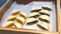 ◆ご当地メニュー:野沢菜とかぼちゃのおやき