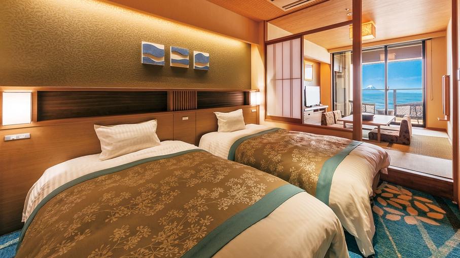 **【客室:基準室(一例)】海を眺める客室で、寛ぎの時間を。