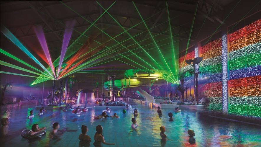 **【アクアパーク「レーザーショー」(一例)】光と音の幻想的なレーザーが踊るショーをお楽しみください