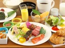 厳選された食材を使用したモーニングビュッフェ