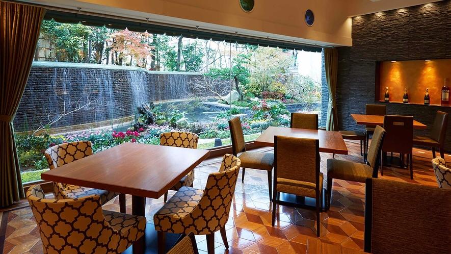 BREAK FAST / Grand cafe -朝食会場-