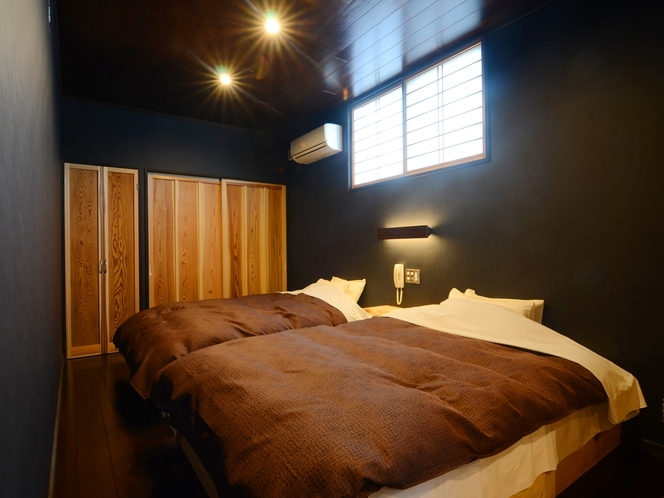 【心隆(しんりゅう)】2F寝室