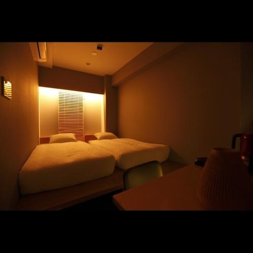コージーツインルーム(リラックスモード照明)