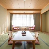和室一例。6畳のお部屋となります。畳のお部屋でゆっくりお寛ぎください。