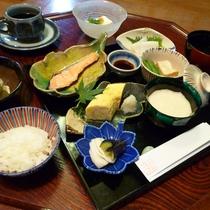 *【朝食一例】身体にやさしい和定食
