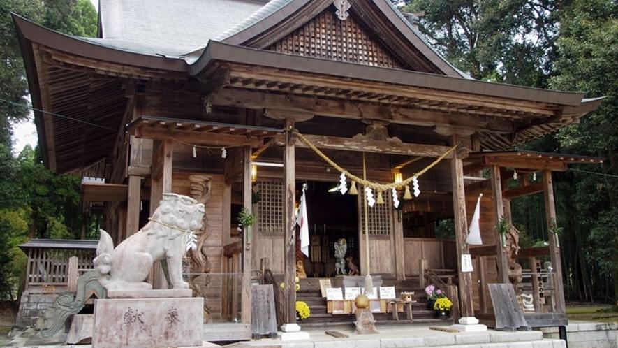 *【周辺】市房山神宮里宮神社
