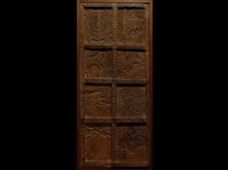 茶室のアンティーク扉