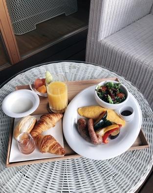 【お食事ルームサービスプラン】ゆったりと自然の中で過ごす朝 ー朝食付きー
