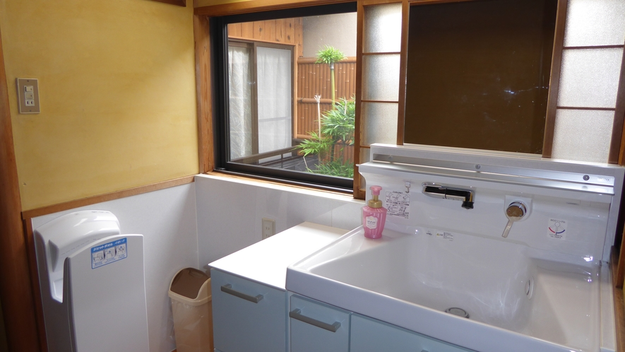 2階洗面所