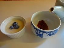 朝の定番!フルーツ甘酒と梅醤番茶セット