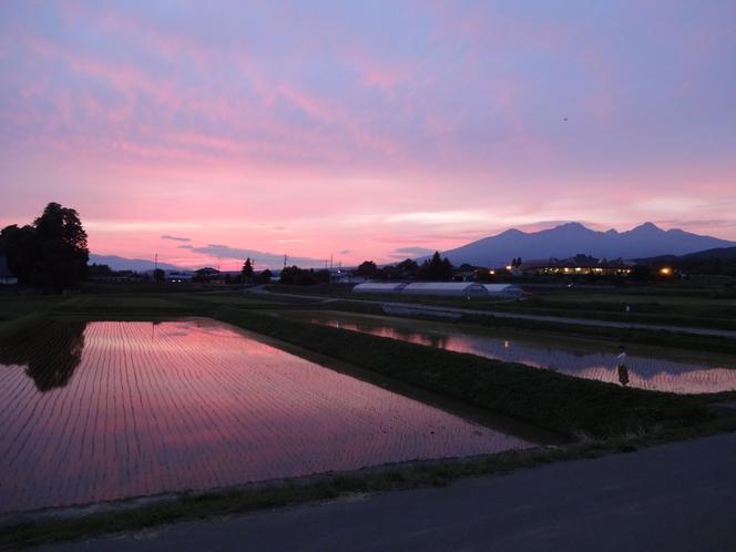 テラスカフェから望む美しい夕焼け