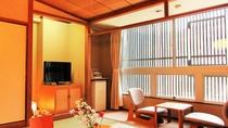 和室10畳 ゆったり広めの和の空間をお楽しみください