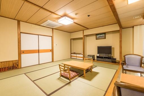 【禁煙】和室五人部屋(バスなし)(2−5)