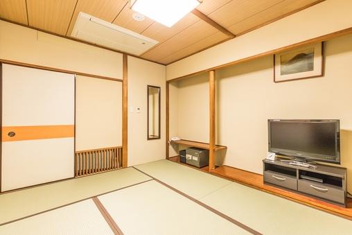 【禁煙】和室三人部屋(バス無し)