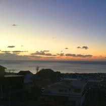 *【朝焼け】お部屋から熊野灘の朝焼けをご覧いただけます