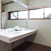 *洗面スペース/共用になりますのでこちらをご利用ください。