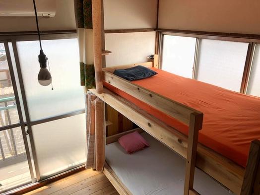 個室4〜5名様グループ、ファミリールーム Private rooms for 4-5 people