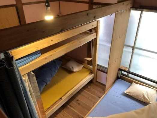個室2〜3名様グループ、ファミリールーム Private rooms for 2-3 people