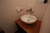 2階共用部洗面台