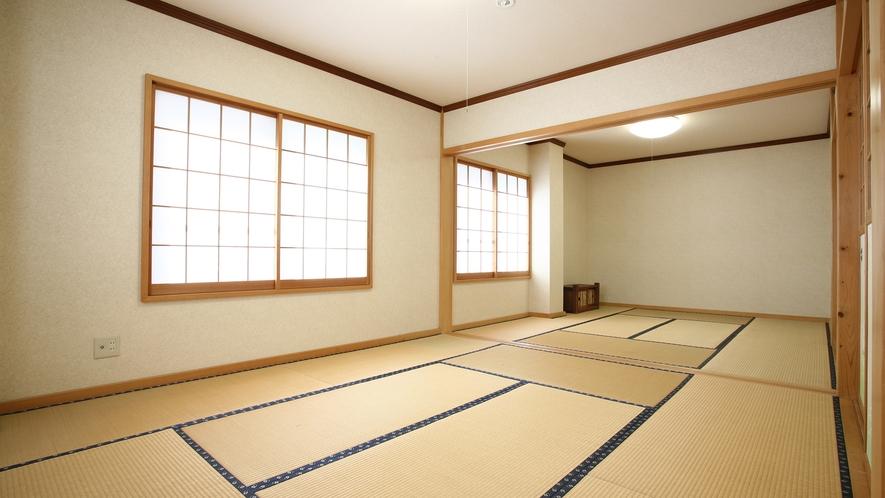 *広間/夕朝のお食事はこちらの広間にてご用意いたします。