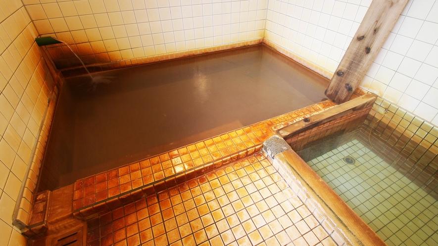 *温泉/「源泉浴槽」と「上がり湯」を組み合わせて入浴していただくのが増富式!
