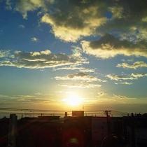 *【景観】沈みゆく夕日は美しく、目を奪われます。
