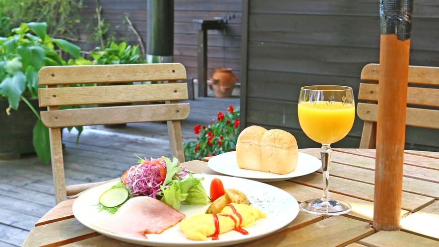 ◆モーニング◆天気がよければ外で食べるのもいいかな♪