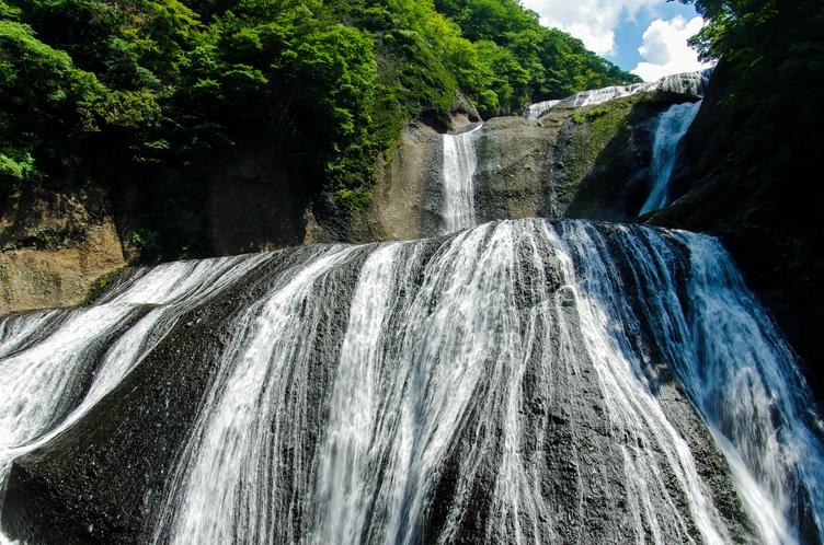日本三大名瀑の袋田の滝