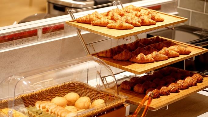 【夏旅セール】【天神・キャナルシティ徒歩圏内】ご友人・ご家族とのご旅行に♪ シンプルステイ 朝食付