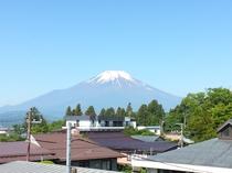 客室より望む富士山