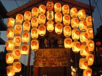 祇園祭★宵山:14日~16日、18時~23時山鉾巡行:17日9時~