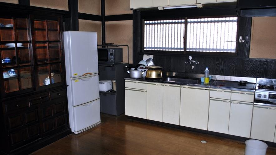 *【かやぶきの宿館内】キッチン