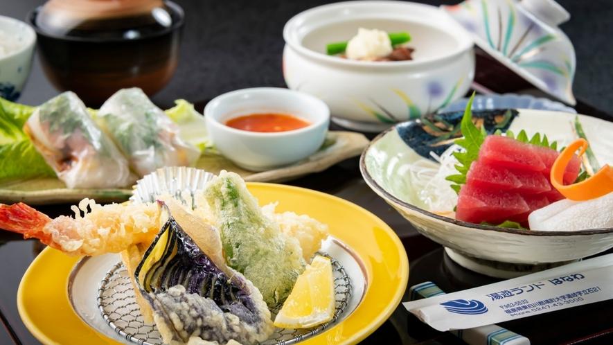 揚げたての天ぷらに舌鼓