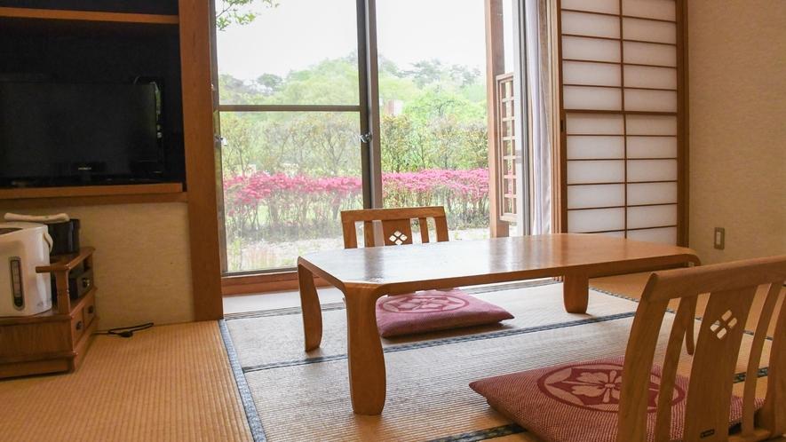 【基本和室】四季折々の風景をお愉しみ下さい。
