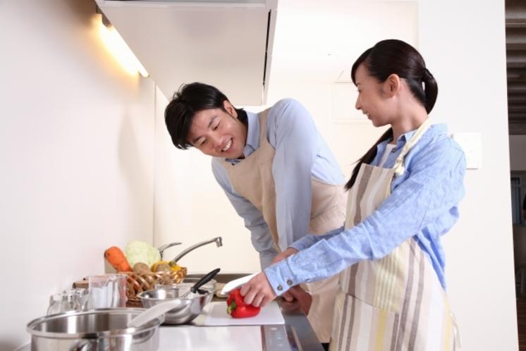 全室IHコンロのキッチン付きで基本的な調理道具と食器類も揃えております!