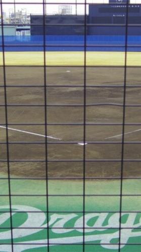 ナゴヤ球場(栄駅から名城線・金山駅乗換、JR東海道本線・尾頭橋駅下車、徒歩約10分)