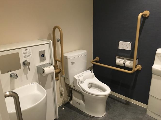 多機能トイレ設置