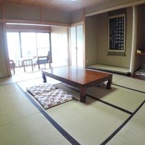 *一棟貸し客室一例/和室10畳の二間、バス・トイレ、キッチンも完備。