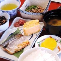 【朝食一例】翌朝は和定食をご用意いたします。