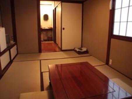 7、5畳の和室トイレ洗面付。WiFi