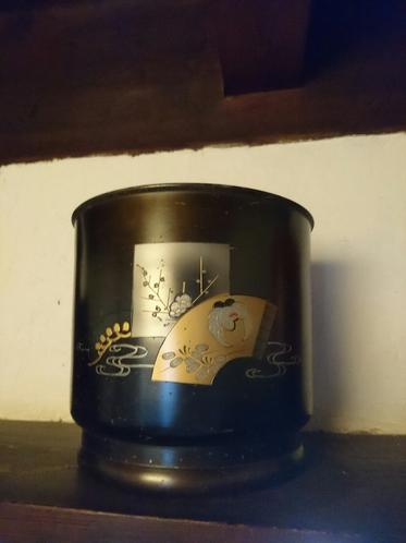 蒔絵火鉢1