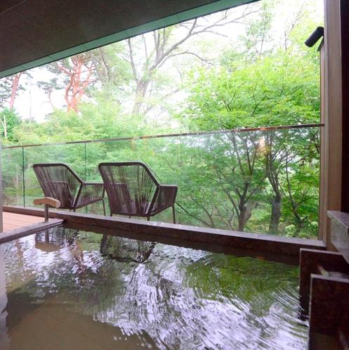 「香」「萬」和室12畳+洋室+庭園デッキ(70㎡)
