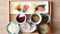 【朝食一例】和朝食を食事処にてご用意いたします。