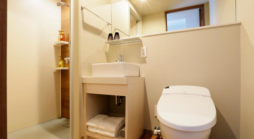■シャワーブース・トイレ■ シャワーとトイレはセパレート※シングル・セミダブル・ダブル・ツインルーム