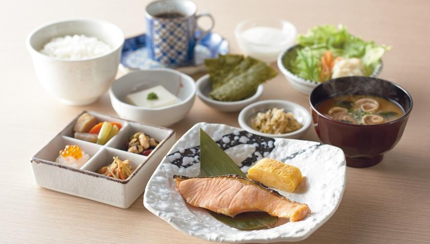 ご朝食 4種類から選べる定食 ■焼鮭定食■ ご飯のおかわり自由です
