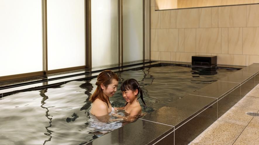 ■宿泊者専用大浴場■ 男女別の無料大浴場をご用意 営業時間15:00-25:00、6:00-9:00