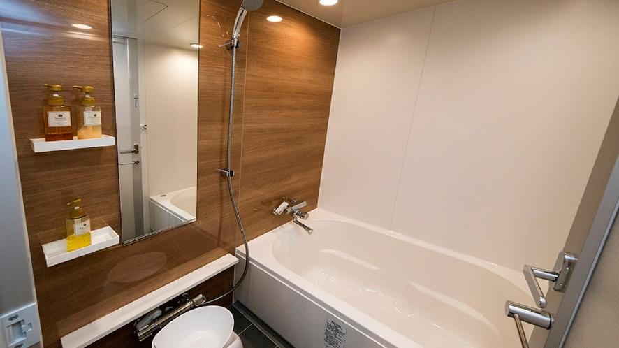 ■プレミアツイン バスルーム■ プレミアツインルームはバスタブ付
