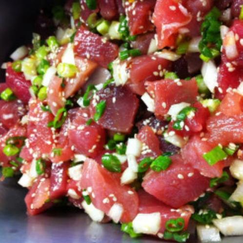 OPA開業!ポケストップ ハワイのローカルフードであるポキは、ローカルや旅行者に大人気の食べ物です。