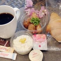 無料朝食セット(一例)