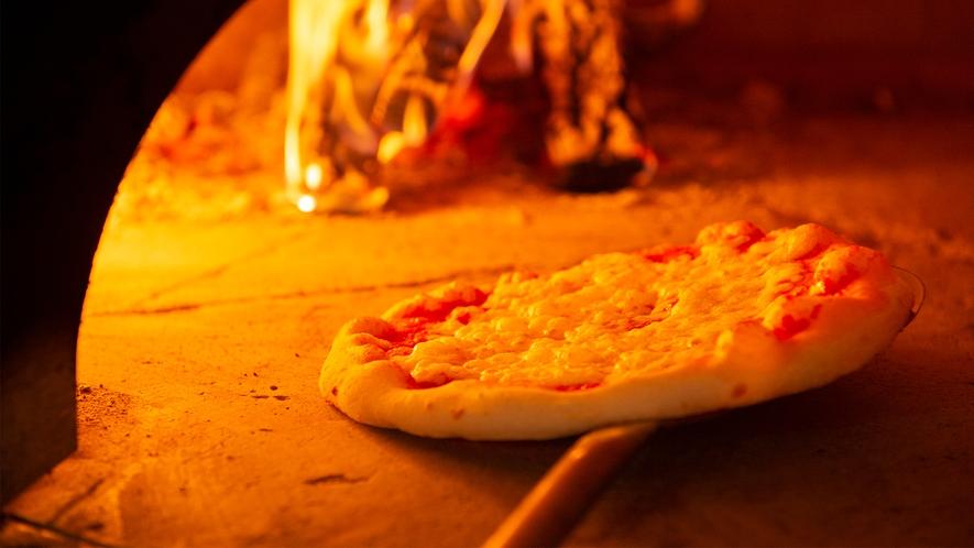 【イタリアン】自慢のピッツァは窯焼きでご用意!(写真はイメージです)